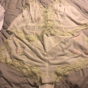 Cacique lingerie - tap pants and top